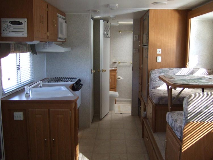 Buy malennky house in Pescara on the beach cheap